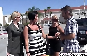 Bisexual milfs having foursome with stiff cockfs-hd-2