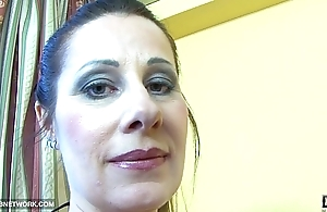 Watch cum dripping from the wife lips fuck and blowjob
