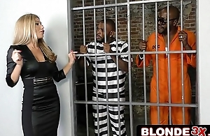 Deputy Warden Subil Arch Gets Too Close to the Bars and Gets Fucked by Convicts